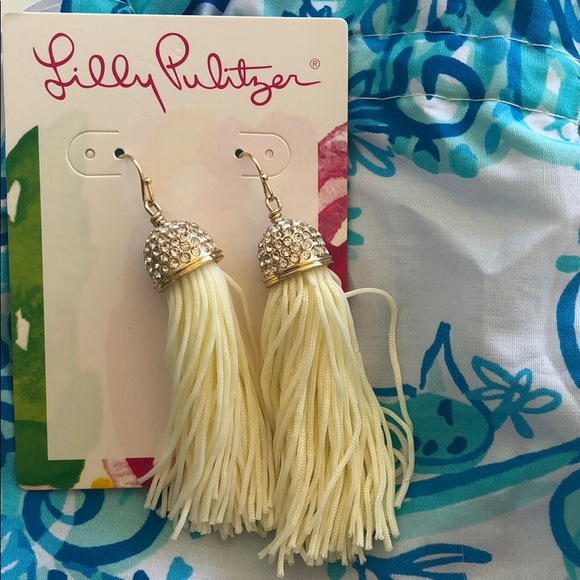 Lilly Pulitzer Jewelry - Lilly Pulitzer White Tassel Earrings